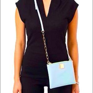 🍁2/$30 LE CHATEAU Crossbody Bag Faux leather